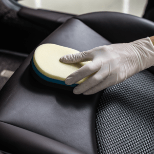 Auto Reinigung und Pflege aufbereitung 2 300x300 - Polish and Clean Würzburg