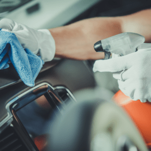 Auto Reinigung und Pflege aufbereitung 5 300x300 - Polish and Clean Würzburg